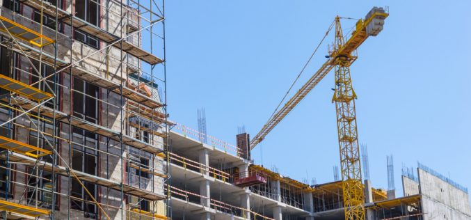 Labour shortage holds up UK construction growth
